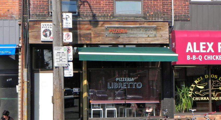 Pizzaria Libretto, Ossington St com Dundas St W
